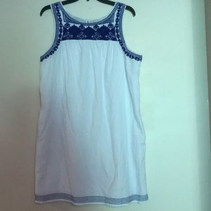 White/blue dress with pockets - size L